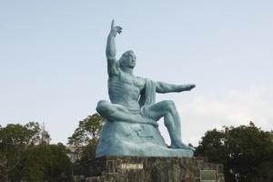 長崎平和の像